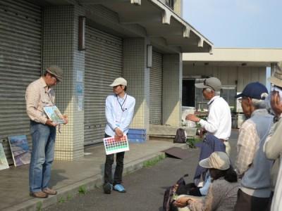 5/27永江先生(左)待井先生(右)による講評の様子