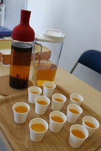 ふるまわれた朝宮茶