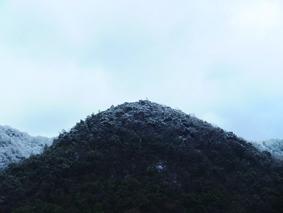 「山のかたち八のかたち 二月」2014年 近江和紙・インクジェットプリント 445×370㎜