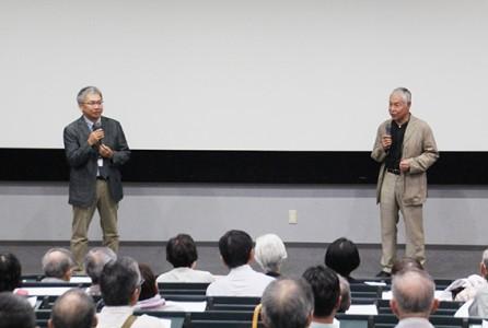 ナビゲーターの永江弘之研究員との立ち話から講座が始まりました。