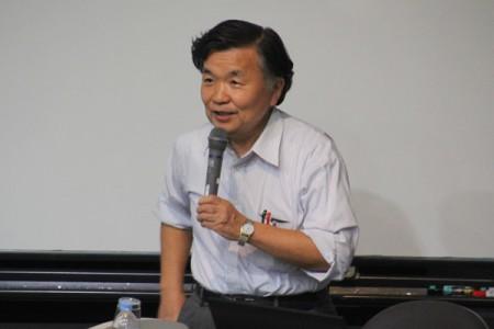 講師の松浦俊和先生