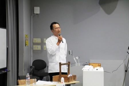 参加者からの質問に応える左嵜氏