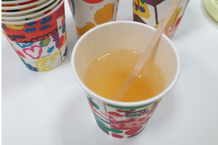 食&夢工房の地元の柚子をつかった柚子茶でおもてなししました。