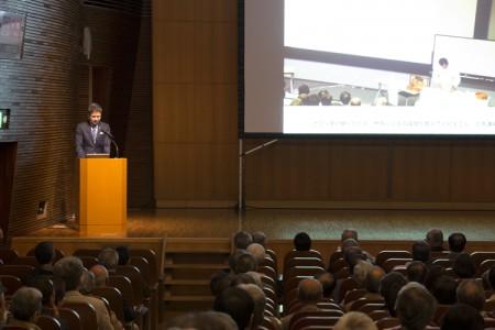 加藤副所長から近江学研究所10年の活動紹介