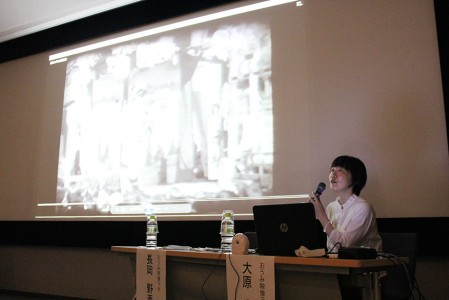 8ミリフィルムの魅力について解説する長岡氏