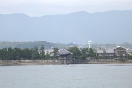 船上から見えた「堅田・浮御堂」