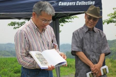 左:永江研究員 右:板東先生